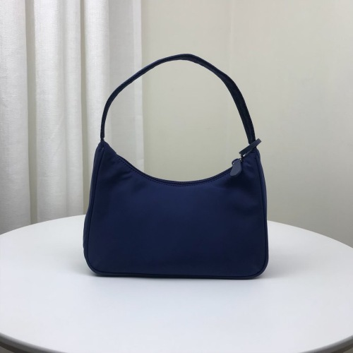 Ladies nylon shoulder bag handbag